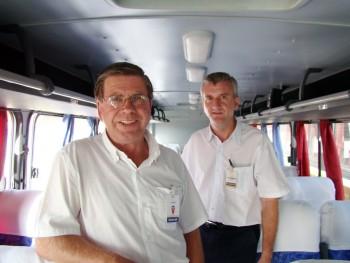 Esquerda para direita: João José Danielski (25 anos de profissão - Cobrador) e Silvestre Edi Inácio Custódio (15 anos de profissão - Cobrador).