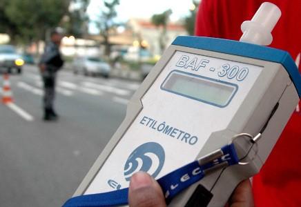 Agentes de trânsito poderão usar aparelho para identificar consumo de droga