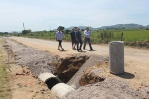 Prefeito visita obras de revitalização do Acesso Sul